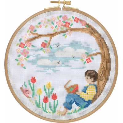 Tuva Cross Stitch Kit With Wooden Hoop CCS06