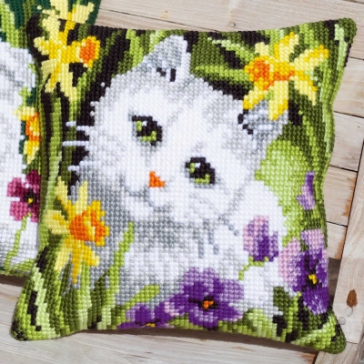VERVACO TAPESTRY CUSHION PN-0147362