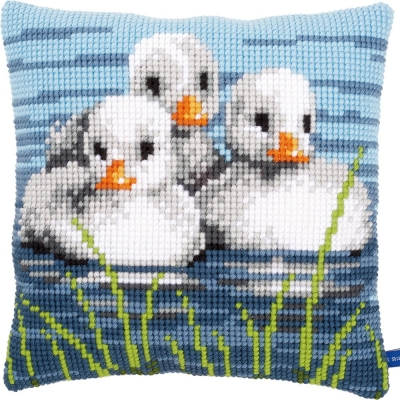 VERVACO TAPESTRY CUSHION PN-0155206